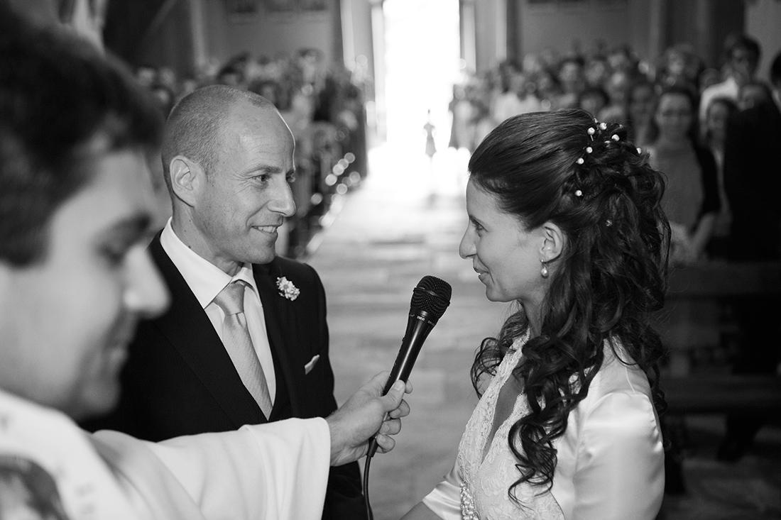 Sposi durante la cerimonia di matrimonio