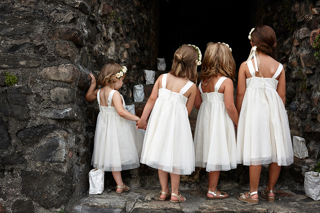Bambine al matrimonio